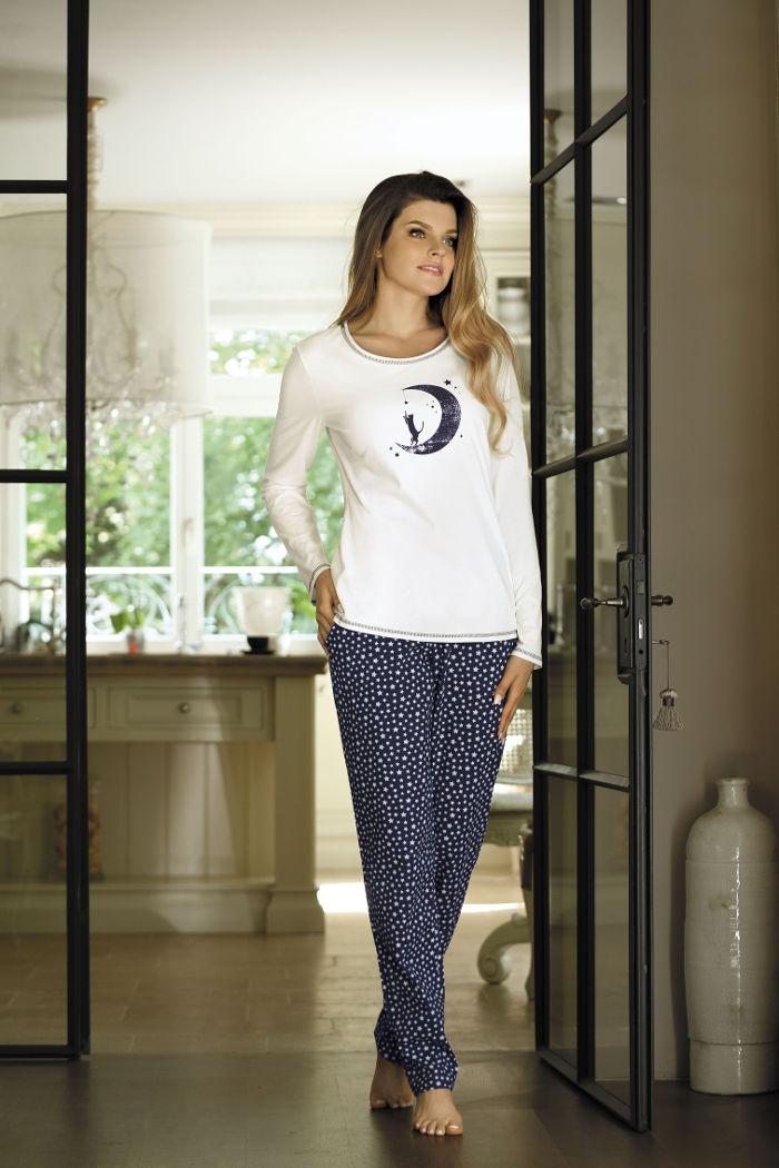 6a61e41756f7a6 Piżamy damskie w rozmiarach: S, M, L, XL Damska piżama bawełniana na ...