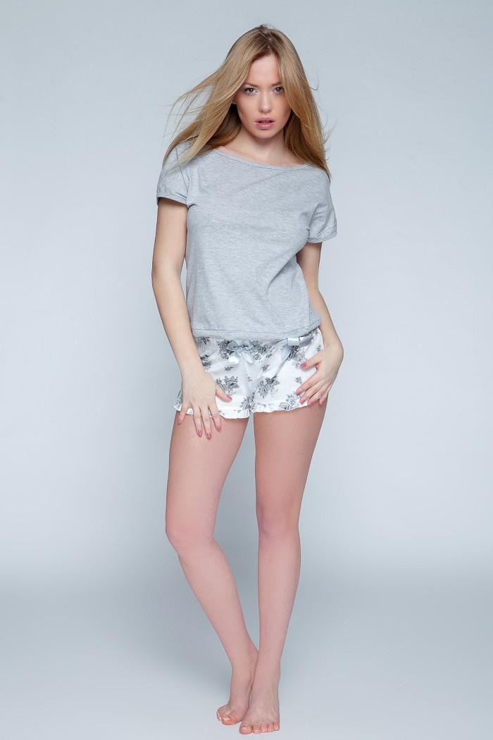 d42e6b35ce8985 Sklep internetowy oferuje piżamy damskie z bawełny. Piżama ...